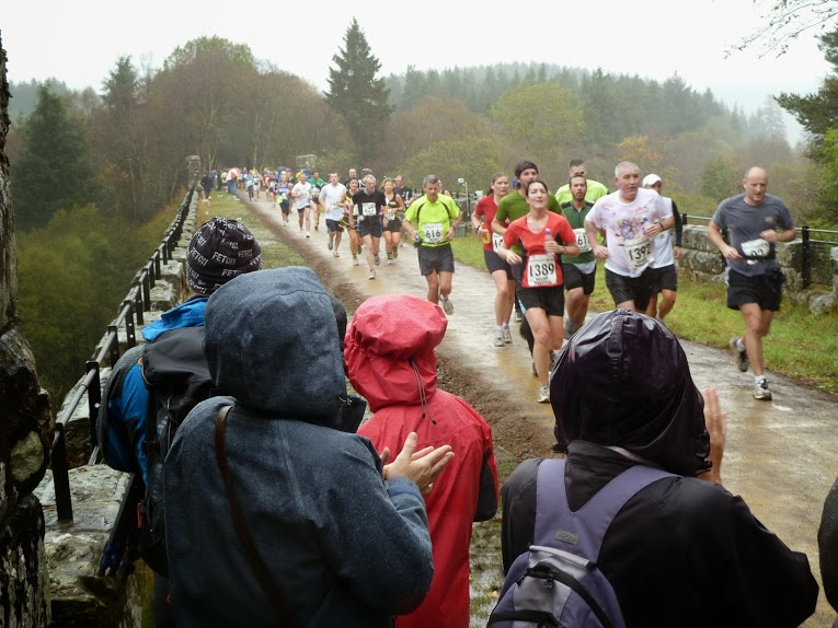 The popular annual Kielder Marathon around the Lakeside Way passes over the viaduct (© Nigel Jenkins)